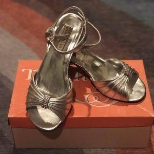 Silver dress sandals size 1.5M